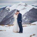 Sesja ślubna w Bieszczadach zimą!